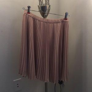 Banana Republic Pink Pleated Skirt